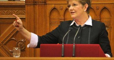 Szili Katalin: az egész nemzet együtt gondolkodik