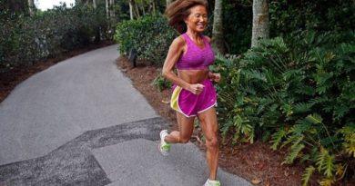 Világcsúcsot futott egy 71 éves nagymama
