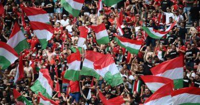 Vizsgálatot indít az UEFA a magyarok Eb-meccseivel kapcsolatban